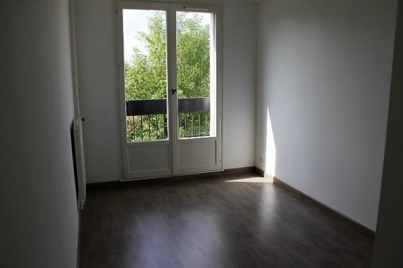 Rental apartment Châlons-en-champagne 650€ CC - Picture 2