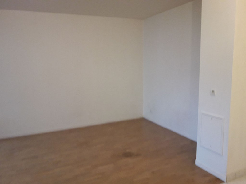 Location appartement Carrieres sous poissy 825€ CC - Photo 5
