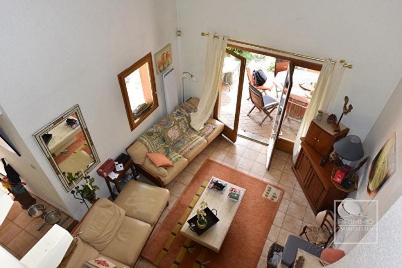 Deluxe sale house / villa Lissieu 475000€ - Picture 13