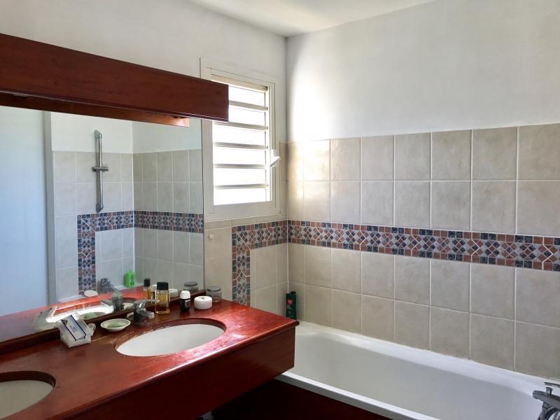 Sale apartment St gilles les bains 193000€ - Picture 5