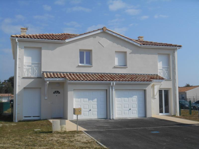 Location maison / villa Castres-gironde 900€ CC - Photo 1