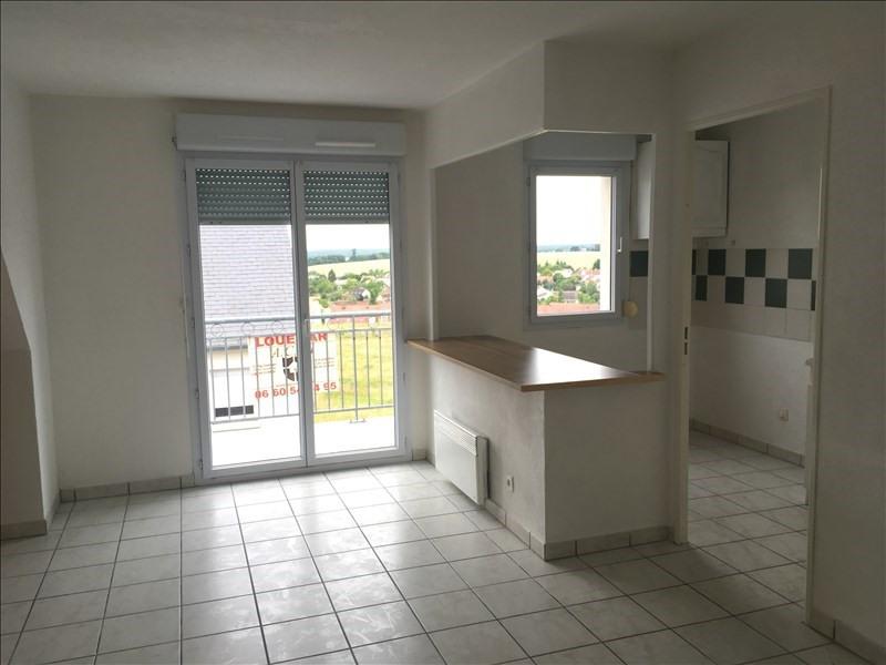 Location appartement Vendome 520€ CC - Photo 1