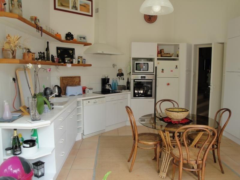 Deluxe sale house / villa La creche 354000€ - Picture 6