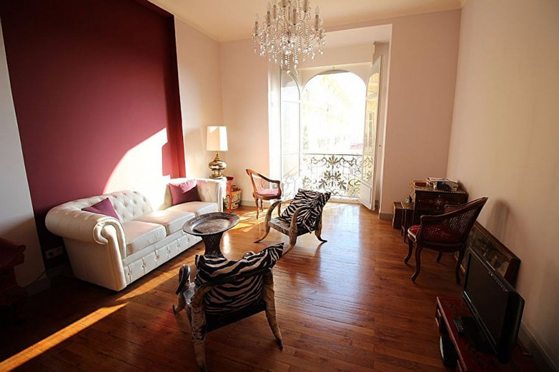 Sale apartment Nice 460000€ - Picture 1