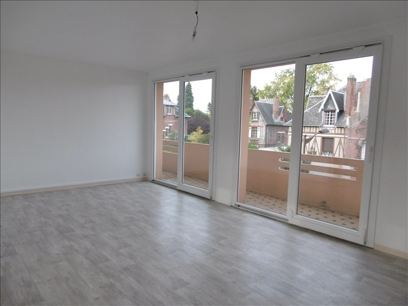 Sale apartment St quentin 76 000€ - Picture 2