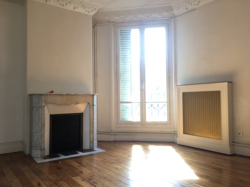 Location appartement Levallois-perret 2390€ CC - Photo 3