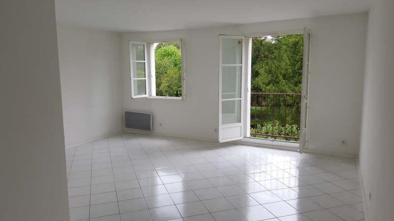 Rental apartment Vaux sur seine 975€ CC - Picture 2
