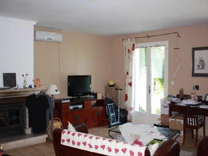 Location maison / villa St cannat 1300€ CC - Photo 2