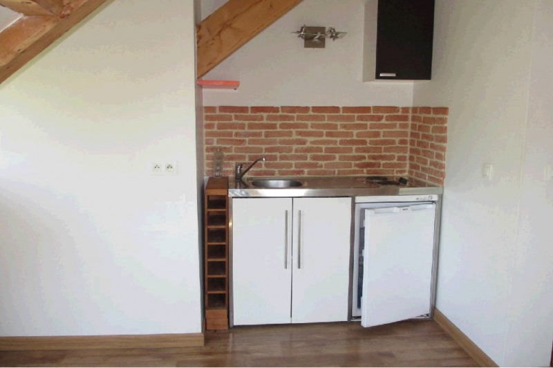 Rental apartment Annecy 561€ CC - Picture 2