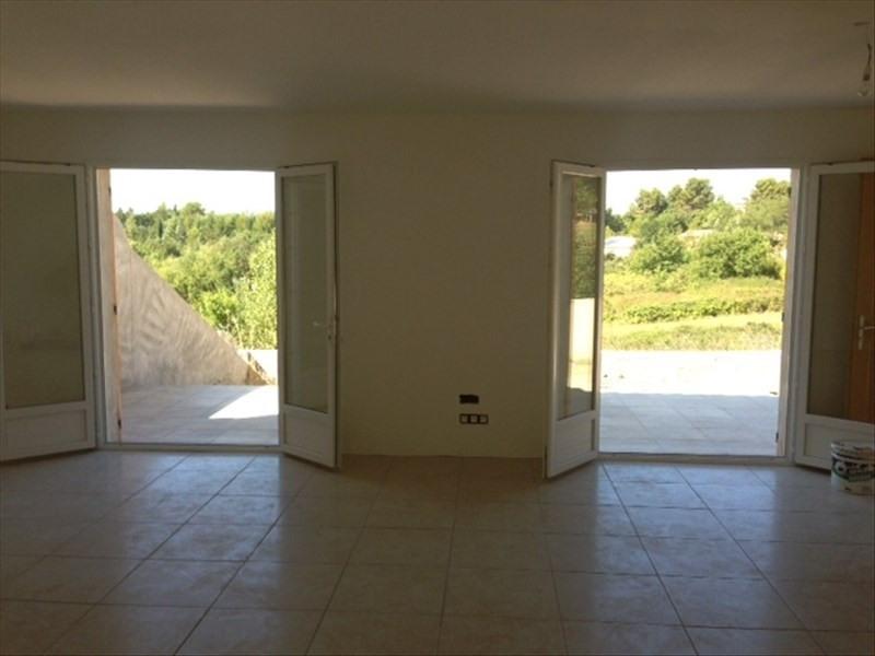 Sale house / villa Pierrevert 262500€ - Picture 2
