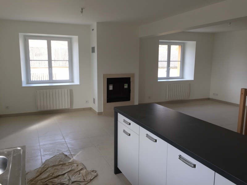 Location maison / villa Marigny chemereau 900€ CC - Photo 2
