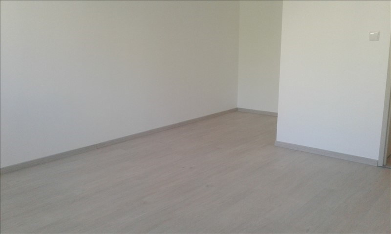 Location appartement St genis laval 853€ CC - Photo 10