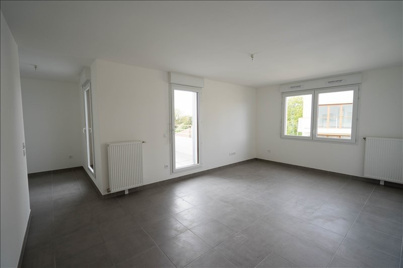 Location appartement Bessancourt 845€ CC - Photo 2