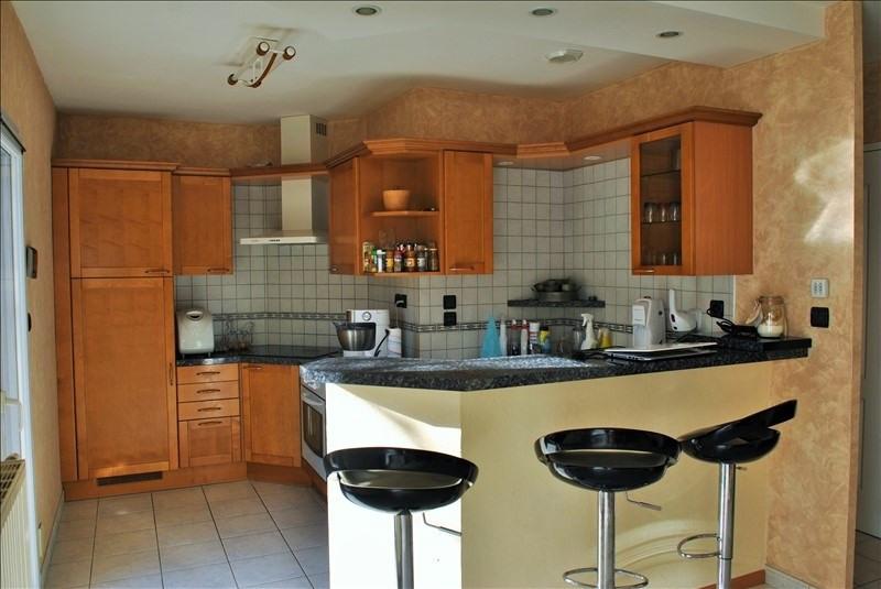 Sale house / villa Roanne 220000€ - Picture 3