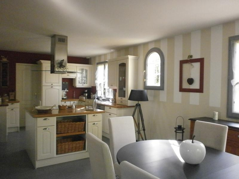 Vente maison / villa Orgeval 496000€ - Photo 1