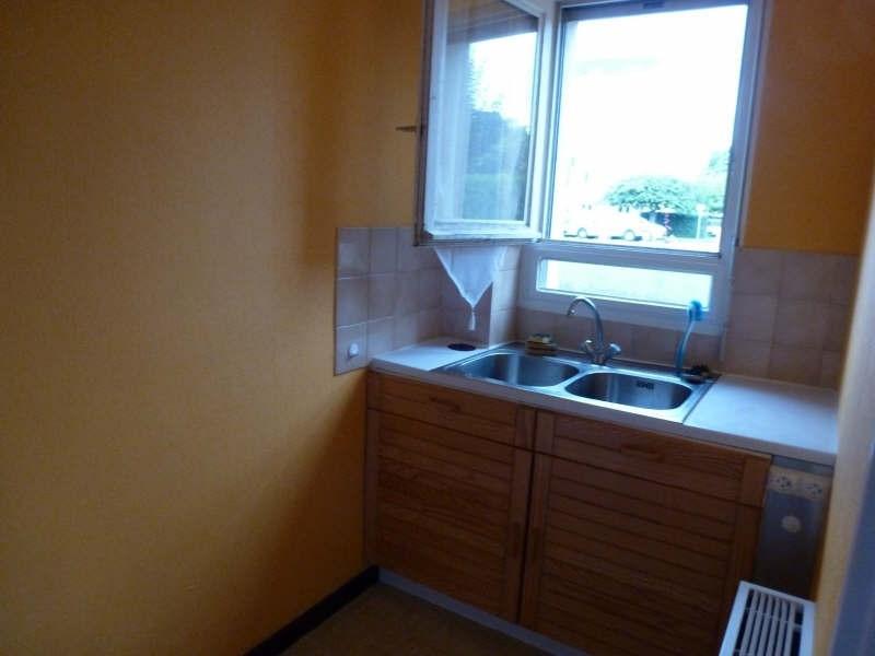 Rental apartment Maurepas 626€ CC - Picture 3