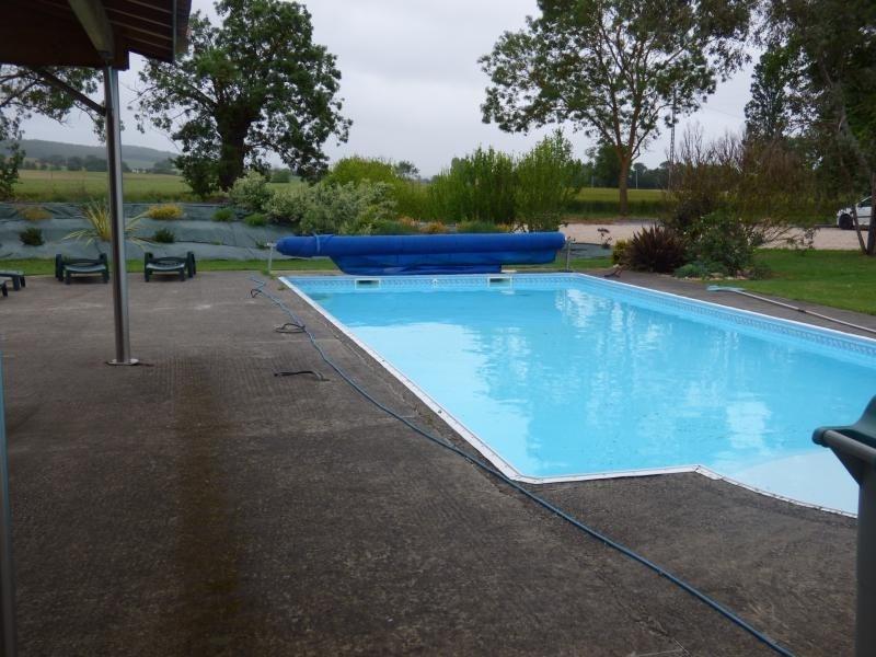 Vente maison / villa L isle jourdain 283000€ - Photo 2