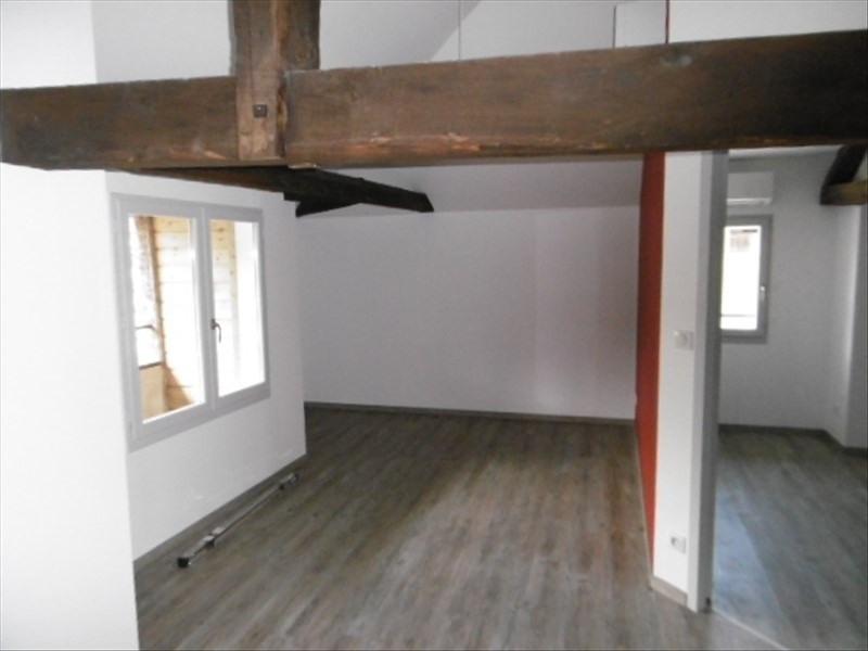 Location appartement Figeac 590€ CC - Photo 3