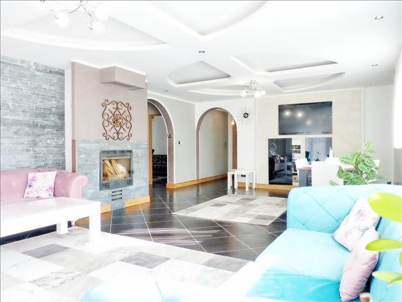 Sale house / villa Cluses 350000€ - Picture 1