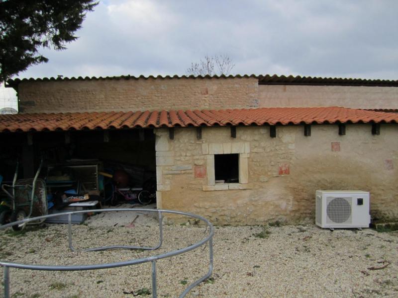 Vente maison / villa Barbezieux saint-hilaire 245000€ - Photo 8