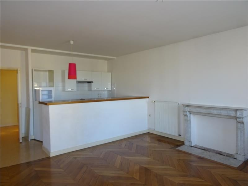 Location appartement Roanne 600€ CC - Photo 3
