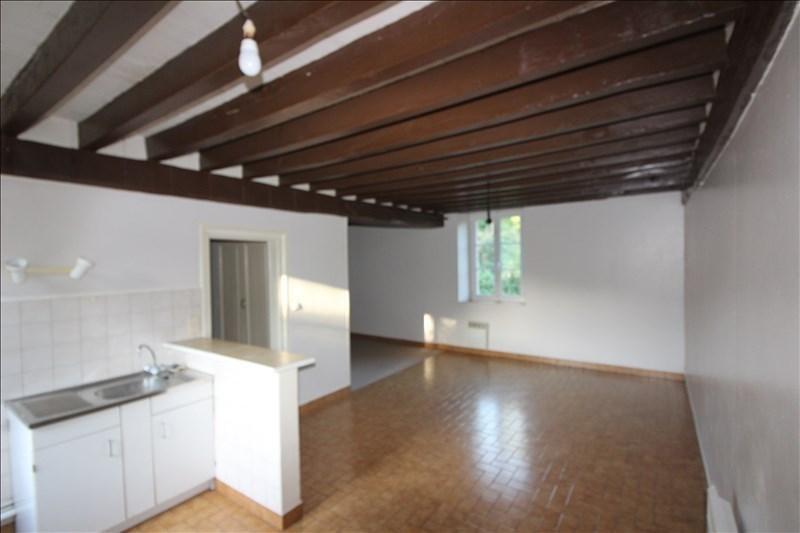 Sale apartment Nogent le roi 70000€ - Picture 2