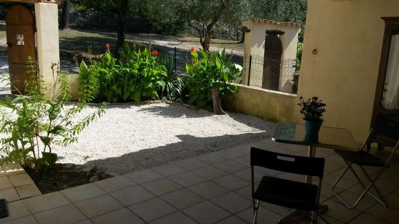Sale house / villa Pernes les fontaines 159000€ - Picture 2