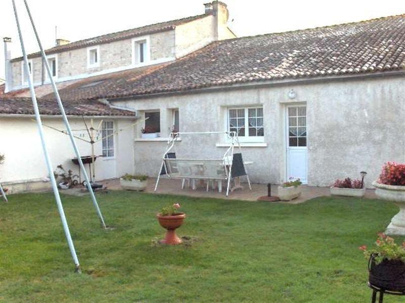 Sale house / villa Saint-porchaire 159000€ - Picture 4