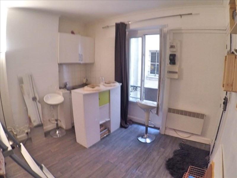 Sale apartment Paris 18ème 200000€ - Picture 2