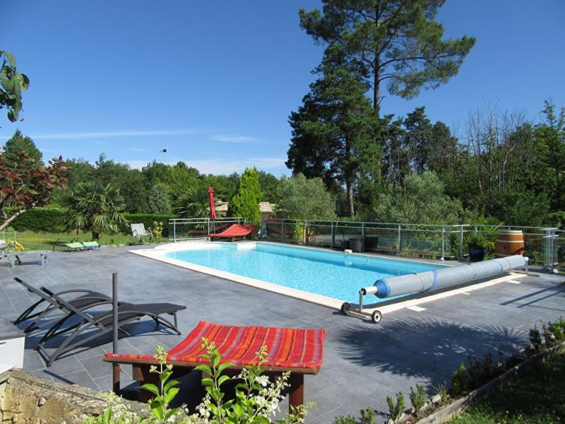Sale house / villa Bassillac et auberoche 265000€ - Picture 2