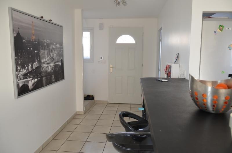 Sale house / villa Heyrieux 256000€ - Picture 5