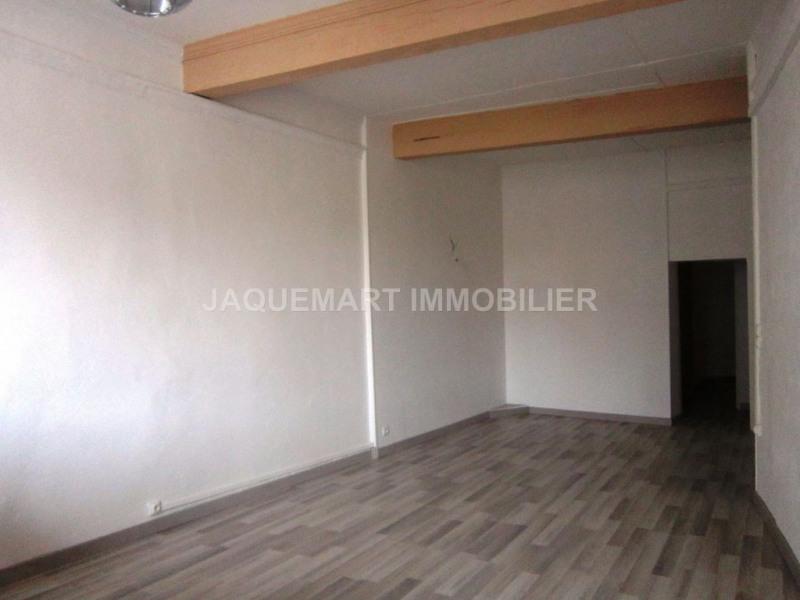 Rental apartment Lambesc 615€ CC - Picture 2