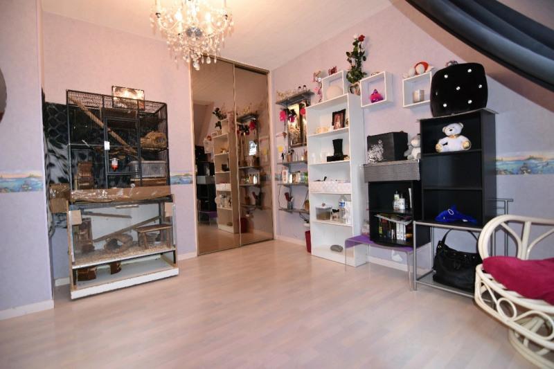 Sale house / villa Bernes sur oise 294000€ - Picture 3