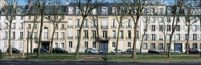 Location local commercial Versailles 90 000€ +CH - Photo 1