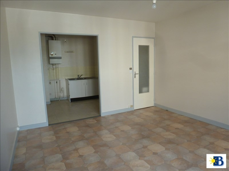 Location appartement Chatellerault 400€ CC - Photo 2