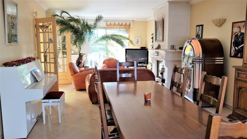 Vente maison / villa Ormesson sur marne 665000€ - Photo 2