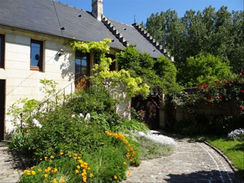 Sale house / villa Montigny lengrain 245000€ - Picture 1