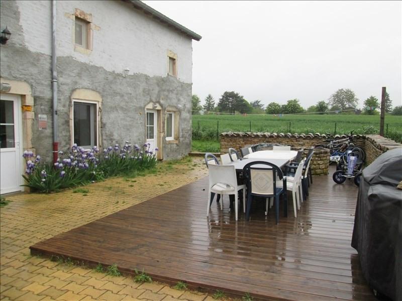 Sale house / villa Tournus 243400€ - Picture 2
