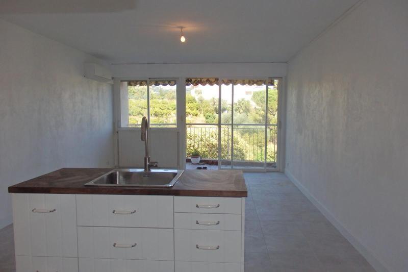 Sale apartment Cannes 119000€ - Picture 2