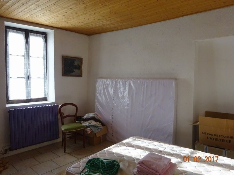 Sale house / villa Cheminas 263 158€ - Picture 5