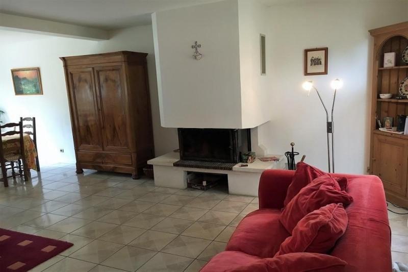 Sale house / villa Poigny la foret 395000€ - Picture 2