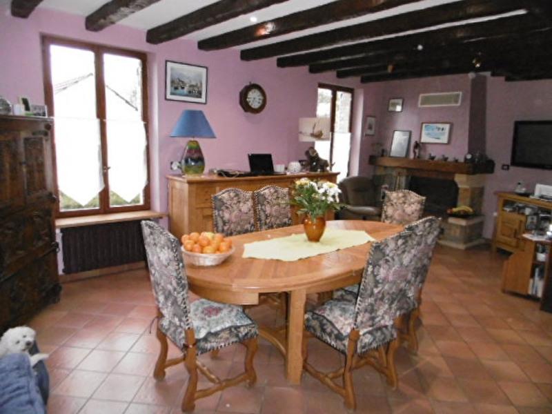 Sale house / villa Mouroux 260000€ - Picture 4