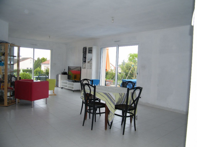 Sale house / villa Coron 173 250€ - Picture 2
