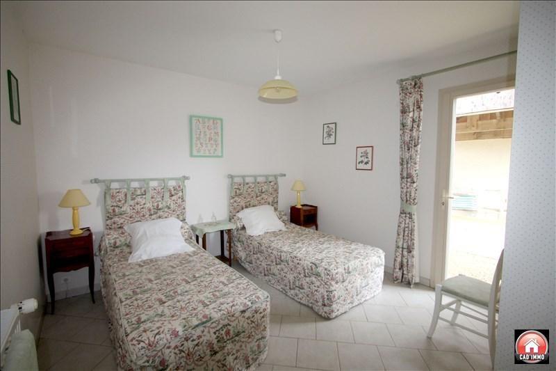 Sale house / villa Montagnac la crempse 266000€ - Picture 10