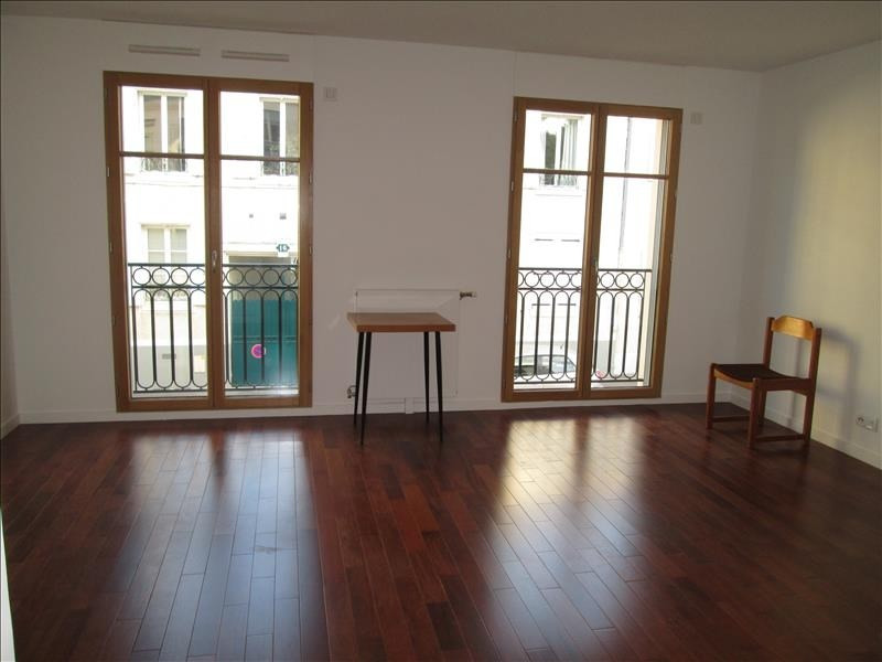 Rental apartment Versailles 832€ CC - Picture 1
