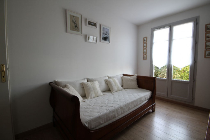 Sale apartment Chambourcy 446000€ - Picture 6