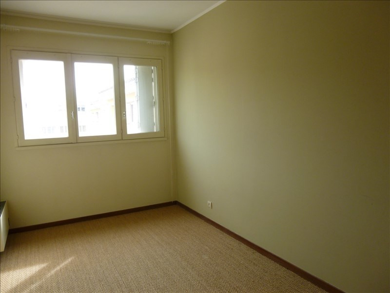 Location appartement Manosque 880€ CC - Photo 4