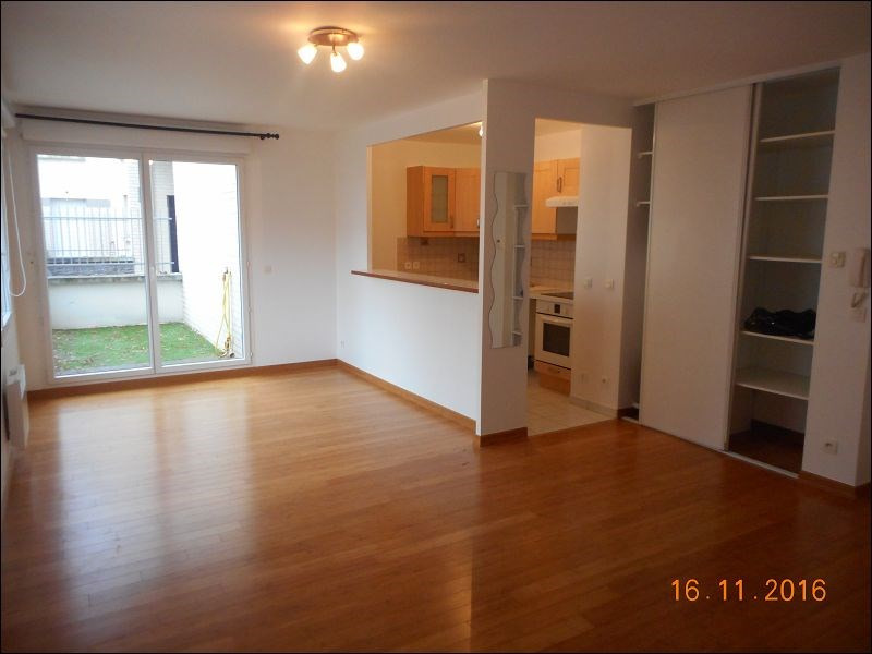 Rental apartment Juvisy sur orge 784€ CC - Picture 1