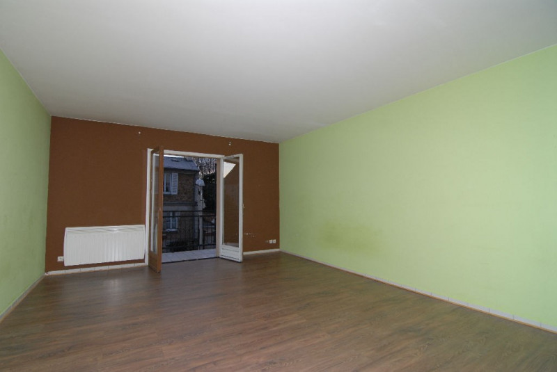 Rental apartment Arpajon 550€ CC - Picture 2