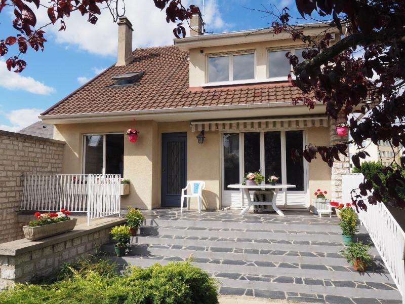 Sale house / villa Melun 330000€ - Picture 1